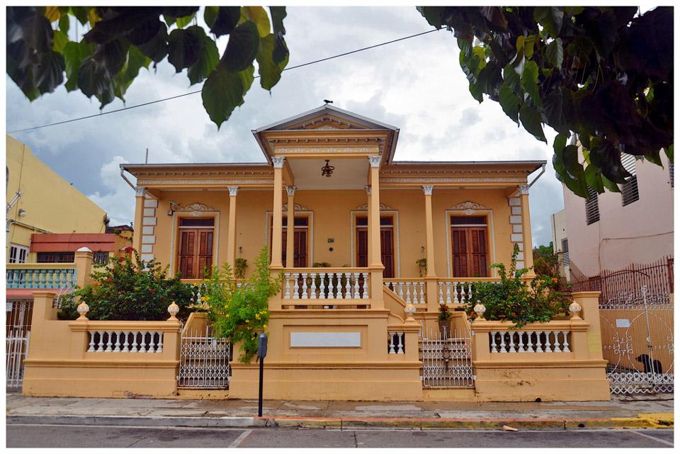 Casa-Lluberas-Negroni.jpg