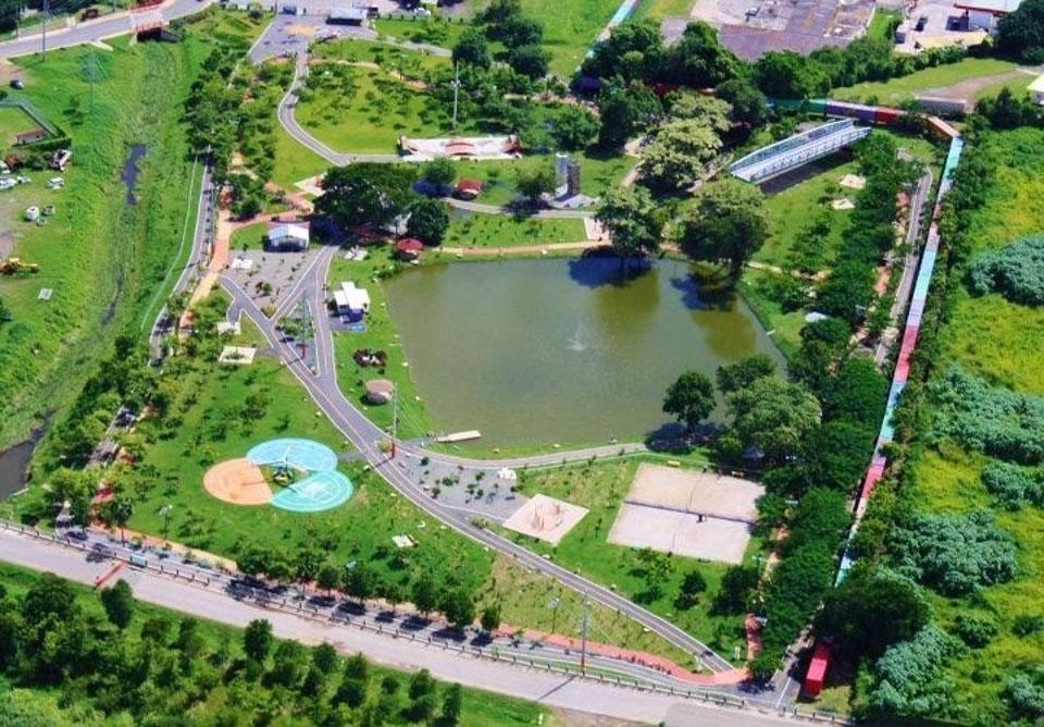 Parque-Urbanmo.jpg