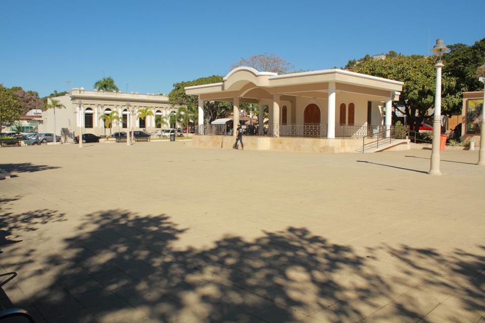 Plaza-de-Recreo-Fernando-de-Pacheco-y-Matos-1.jpg